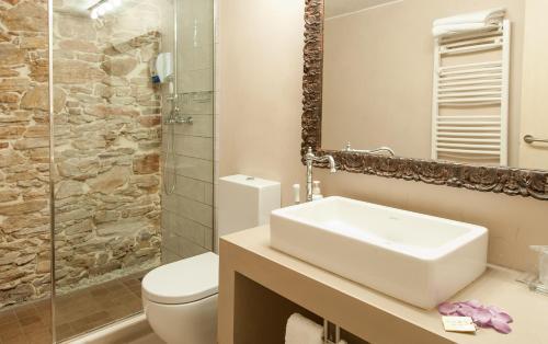 Habitación Doble Deluxe - 1 o 2 camas Hotel-Spa Classic Begur 5