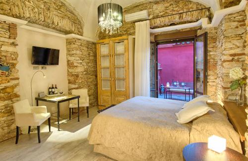 Deluxe Double or Twin Room Hotel-Spa Classic Begur 3