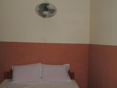 Doppelzimmer mit Ventilator (Double Room with Fan)