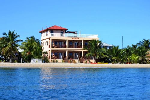 Belizean Nirvana, Placencia