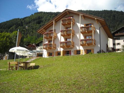 Hotel Meubl Ef Bf Bd Villa Gaia Valle Di Cadore