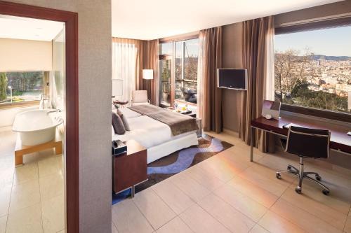 Premium Double Room Hotel Miramar Barcelona GL 4
