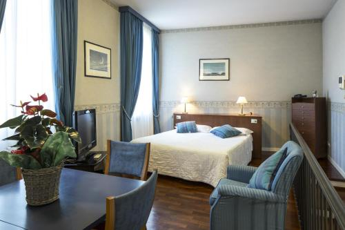 3 starts hotel in Bologna
