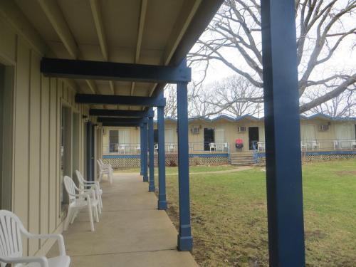 The Golden Door Motel & The Golden Door Motel Osage Beach MO United States Overview ... pezcame.com