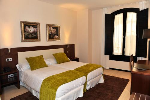 Twin Room Hotel Don Felipe 3