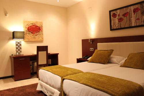 Twin Room Hotel Don Felipe 1