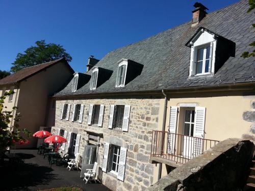 Отель L'Enclos du Puy-Mary 3 звезды Франция