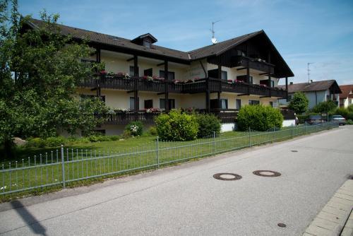 Отель Appartementhaus-Edelweiss 0 звёзд Германия
