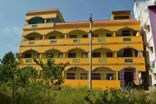 Hotel Gurusadan