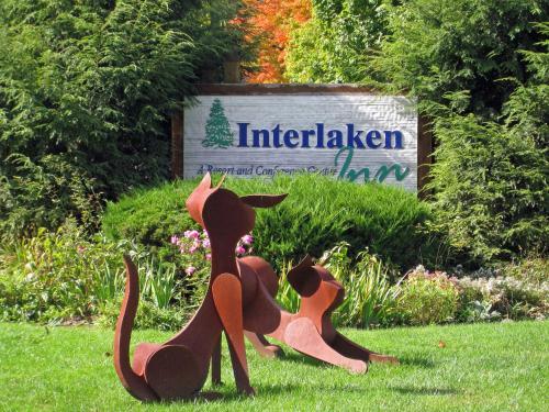 Interlaken Inn Lakeville