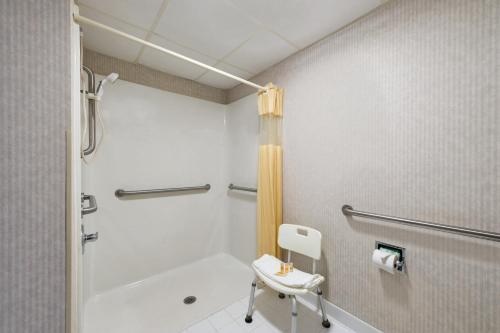 Quality Inn & Suites Warner Robins