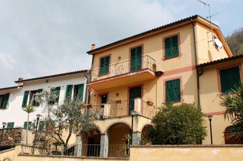 House L'Ulivo front view