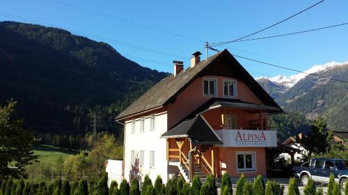 Appartementhaus Alpina - Apartment mit 2 Schlafzimmern und Gartenblick