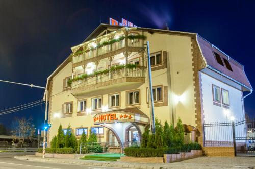 Hoteles de 3 estrellas en t rgu mure rumbo - Hoteles de tres estrellas en granada ...
