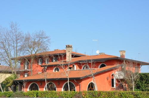 Отель Red Fenice 0 звёзд Италия