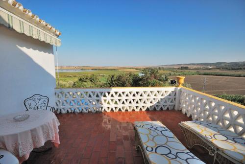 Habitación Doble Superior con terraza B&B Hacienda el Santiscal 6