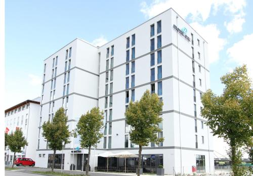 Stay at Motel One München-Garching