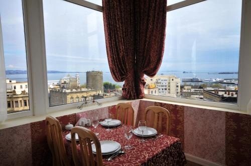 Picture of Boyuk Gala Hotel