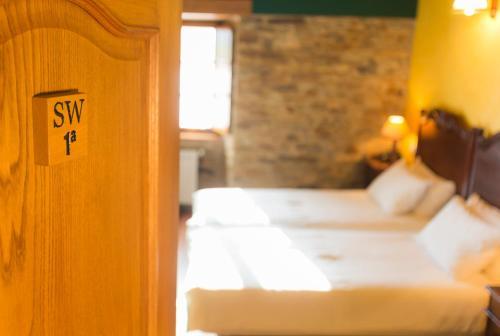Doppel- oder Zweibettzimmer Casa do Merlo 1
