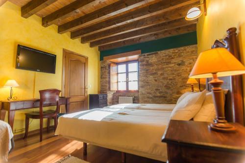 Doppel- oder Zweibettzimmer Casa do Merlo 2
