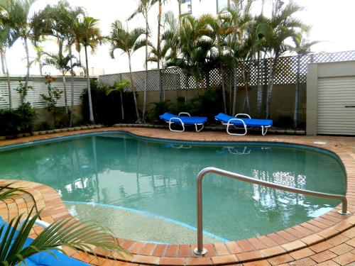 Budds Beach Apartments Surfers Paradise