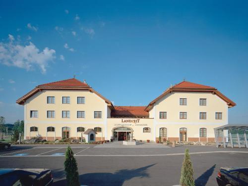 Отель Landzeit Restaurant Voralpenkreuz 0 звёзд Австрия