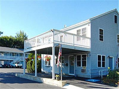 Photo of Atlantic Motel Hotel Bed and Breakfast Accommodation in East Wareham Massachusetts