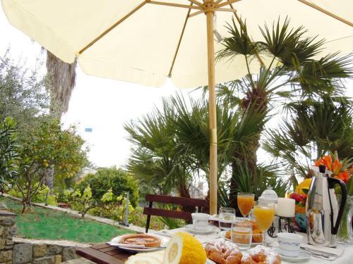foto Villa Gabry B&B (Vallecrosia)