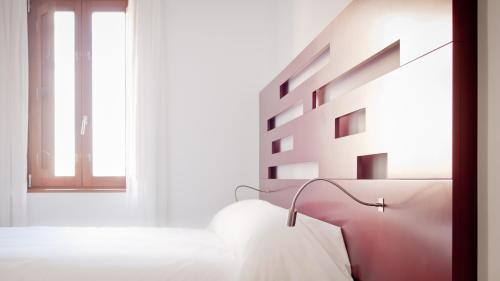 Standard Twin Room - single occupancy Hotel Las Casas de Pandreula 11