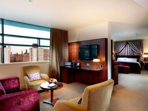 Stay at Macdonald Manchester Hotel & Spa