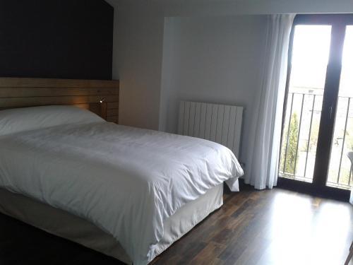 Habitación Doble Deluxe - 1 o 2 camas - Uso individual Hotel Las Casas de Pandreula 8