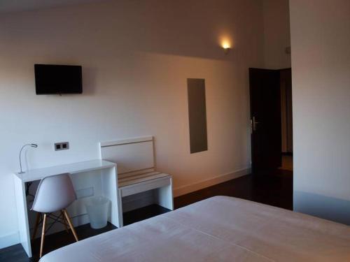 Habitación Doble Deluxe - 1 o 2 camas - Uso individual Hotel Las Casas de Pandreula 9
