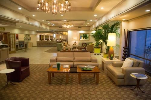 Red Lion Hotel Medford - 3.5 star rating for travel with kids