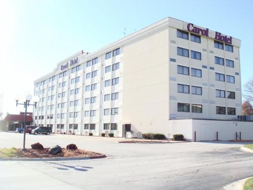 Photo of Carol Hotel Omaha Hotel Bed and Breakfast Accommodation in Omaha Nebraska