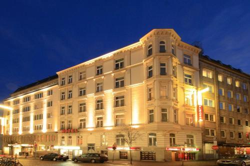 Novum Hotel Eleazar City Center impression