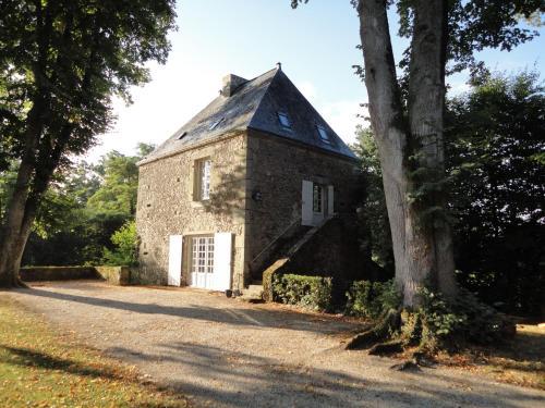 Château de la Cour - Logis St Bômer