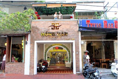 Hong Han Hotel front view