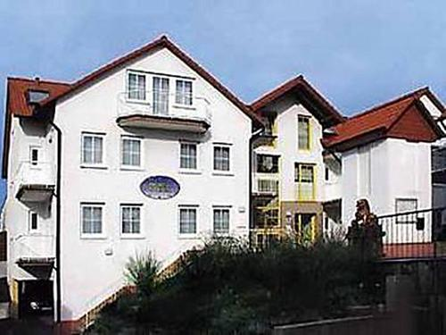 Hotel Taubengrund 2 (Bed and Breakfast)