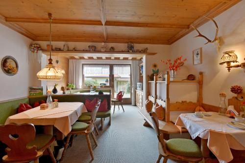 Landhaus Elfi (Bed and Breakfast)