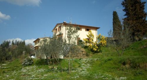 I 3 Cipressi front view