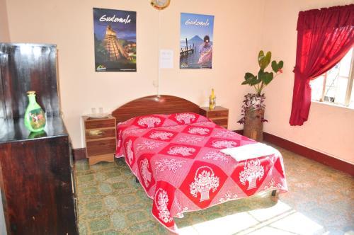 Picture of Hotel Estacion Gerona Bed & Breakfast