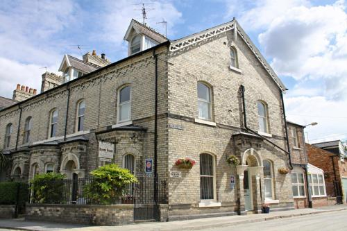 Photo of Bowen House Hotel Bed and Breakfast Accommodation in York North Yorkshire