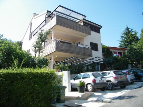 Apartments Makado