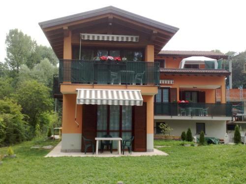 foto Villa Regina Enrica (Monvalle)