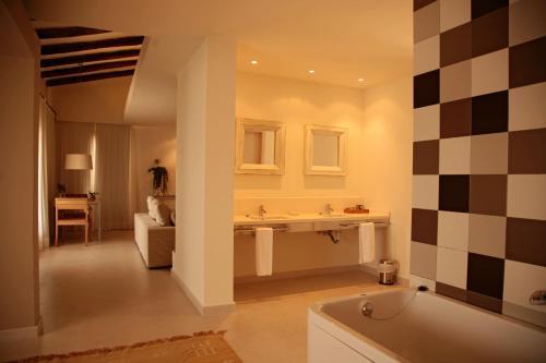 Suite Grand Aldea Roqueta Hotel Rural 2