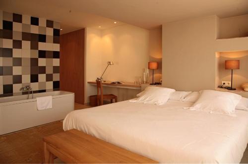 Suite Grand Aldea Roqueta Hotel Rural 3