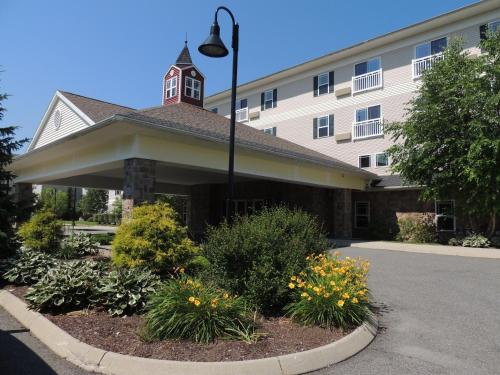 Photo of Berkshire Mountain Lodge