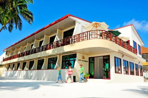 Отель Sun Tan Beach Hotel 3 звезды Мальдивы