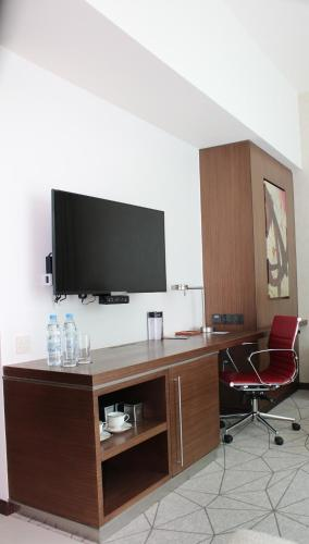 Hyatt Place Dubai Al Rigga photo 3