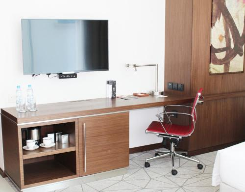 Hyatt Place Dubai Al Rigga photo 28